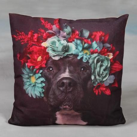 Red Wreath Dog Cushion